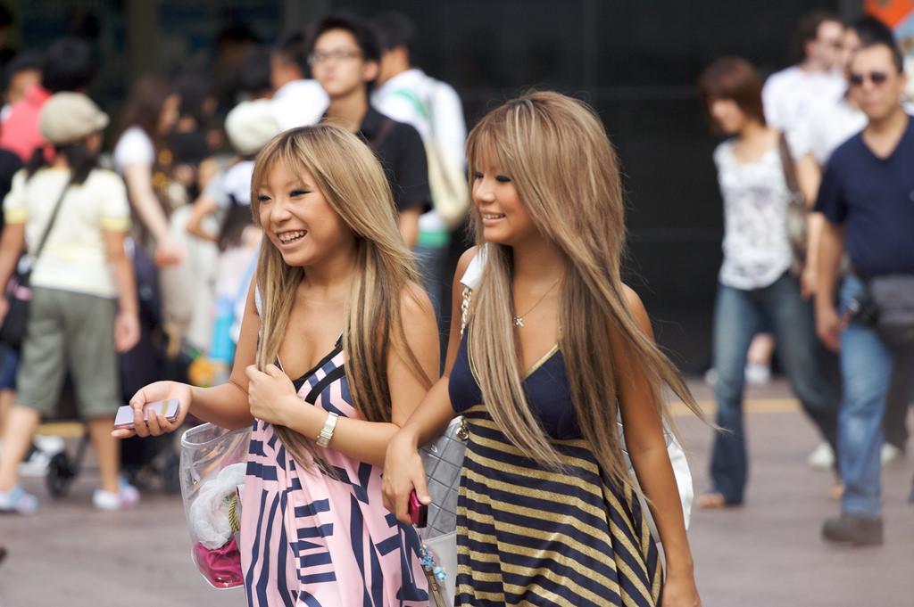 Tradisi Rambut Cokelat Masyarakat Jepang