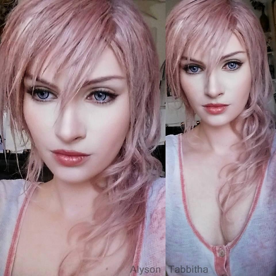 Panduan Cosplay Lightning Final Fantasy Dari Alyson Tabbitha