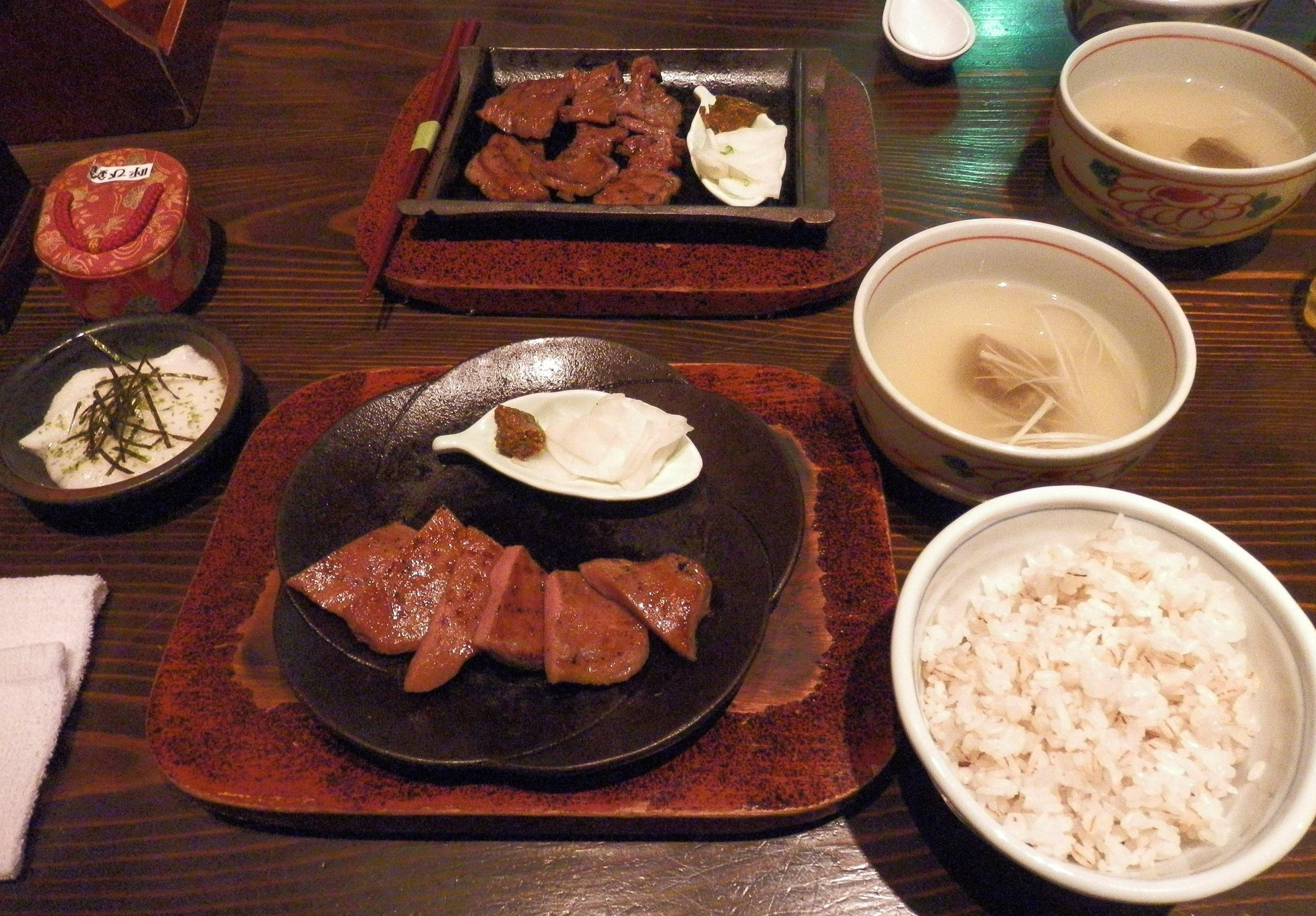 Cicipi Kelezatan Gyutan Makanan Khas Kota Sendai