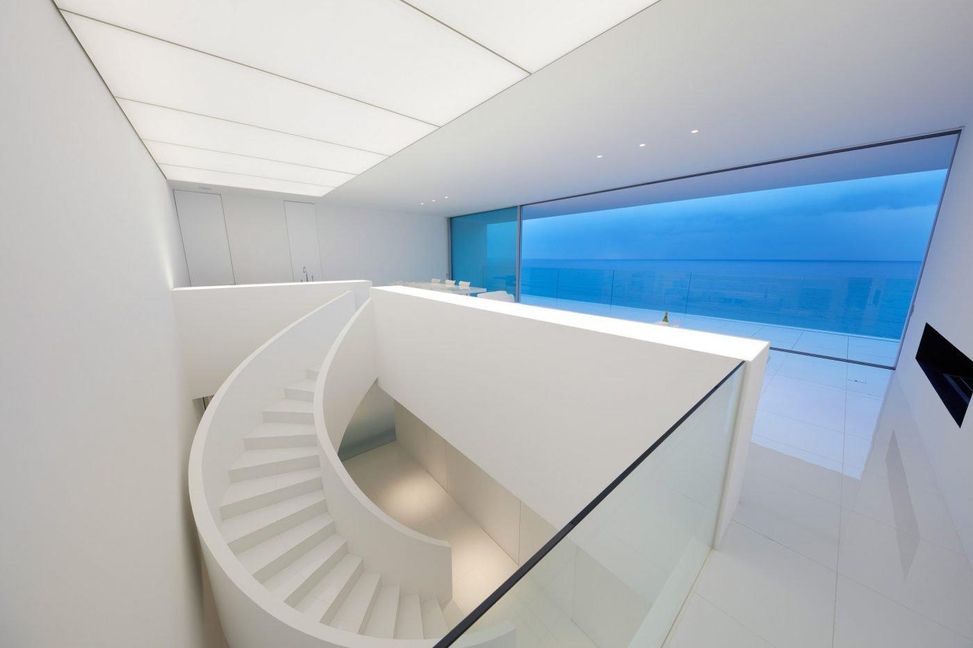 Rumah Tanpa Jendela Prefektur Kanagawa Karya Shinichi Ogawa