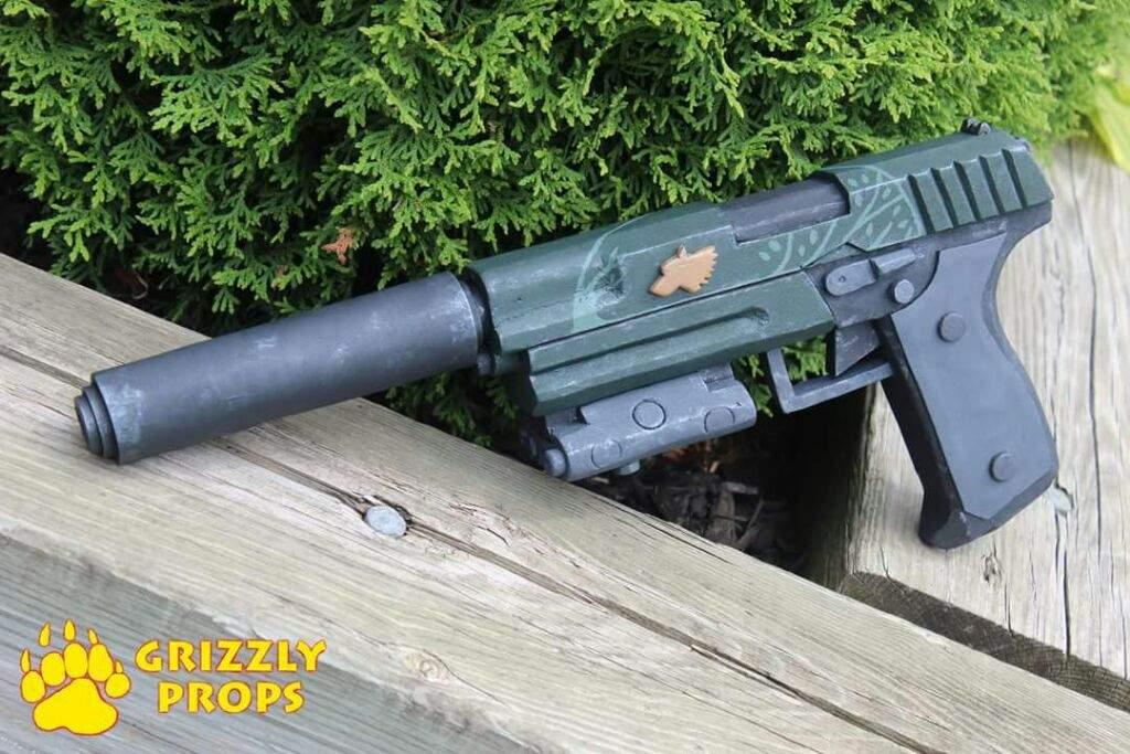 Langkah Mudah Membuat Replika Senjata Pistol Untuk Cosplay featured