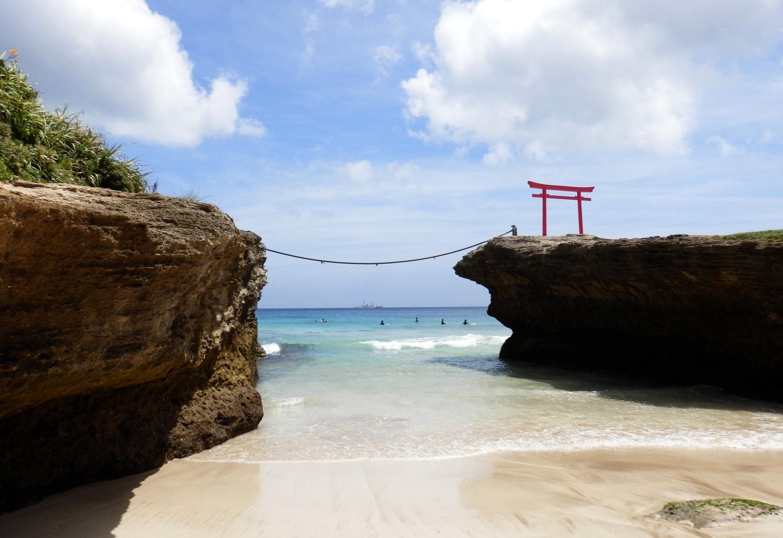 5 Destinasi Wisata Terbaik Untuk Aktivitas Selancar Di Jepang